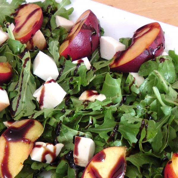 Grilled Peach and Smoked Mozzarella Salad