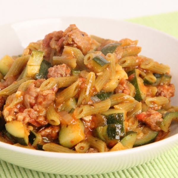 One Pot Pasta with Sausage and Zucchini