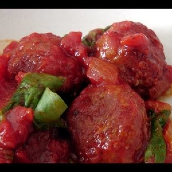 Turkey Meatballs in Spicy Cacciatore Sauce